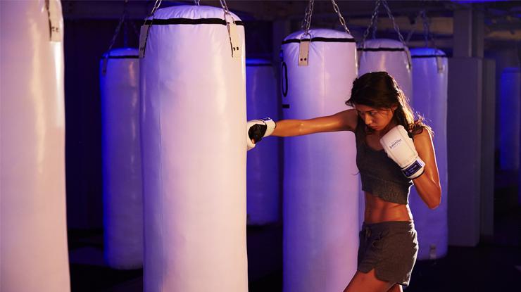 暗闇ボクシング